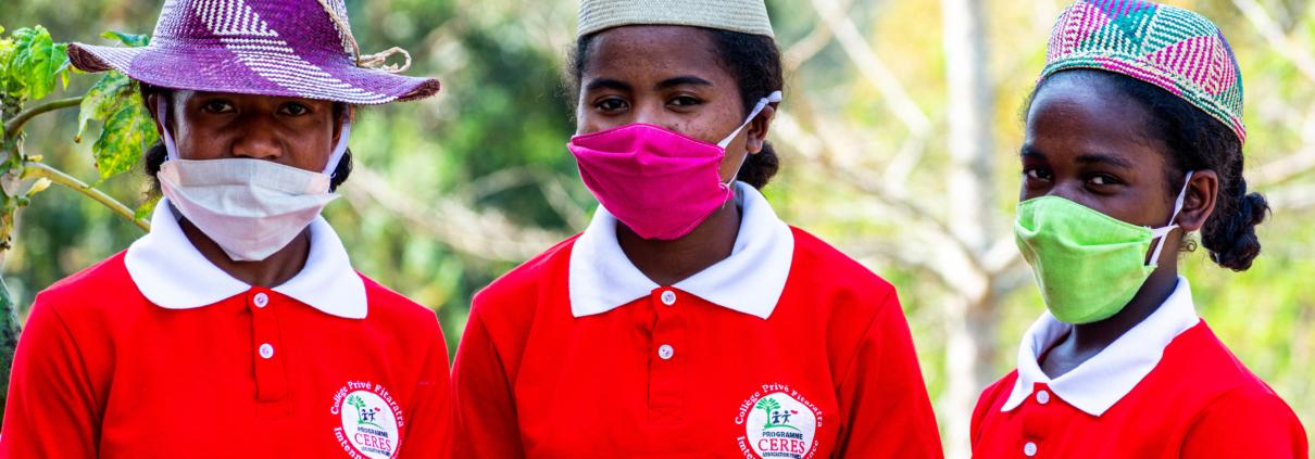 Jeunes collégien du CERES à Madagascar